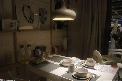 客厅+餐厅 如何设计才能呈现出1+1>2的效果呢?
