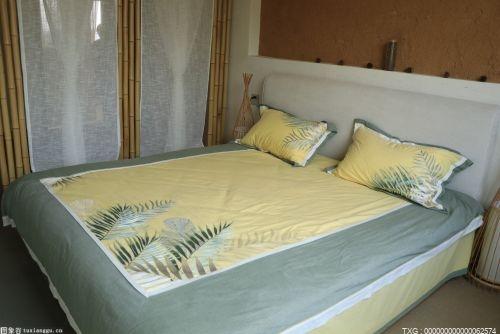 如何巧妙利用卧室空间做好收纳整理?
